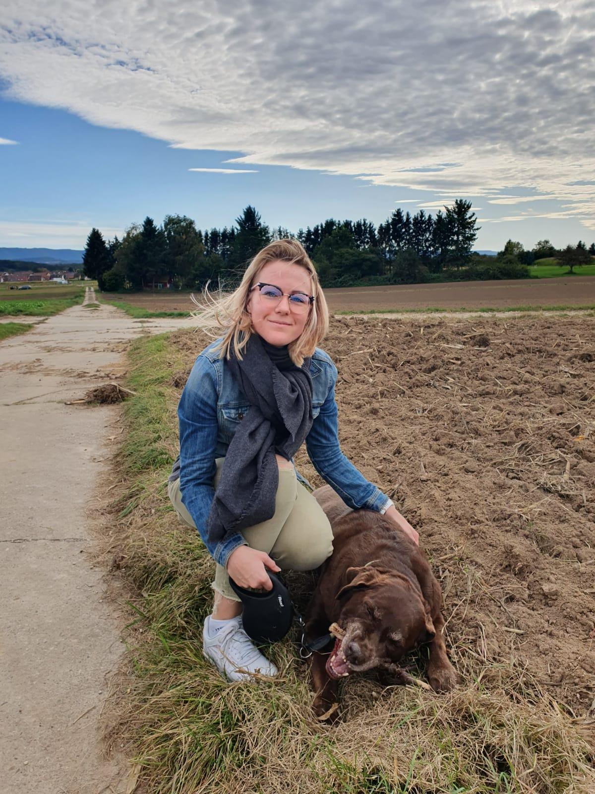 Melanie Schmidt mit Hund